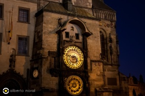 Praga - reloj noche